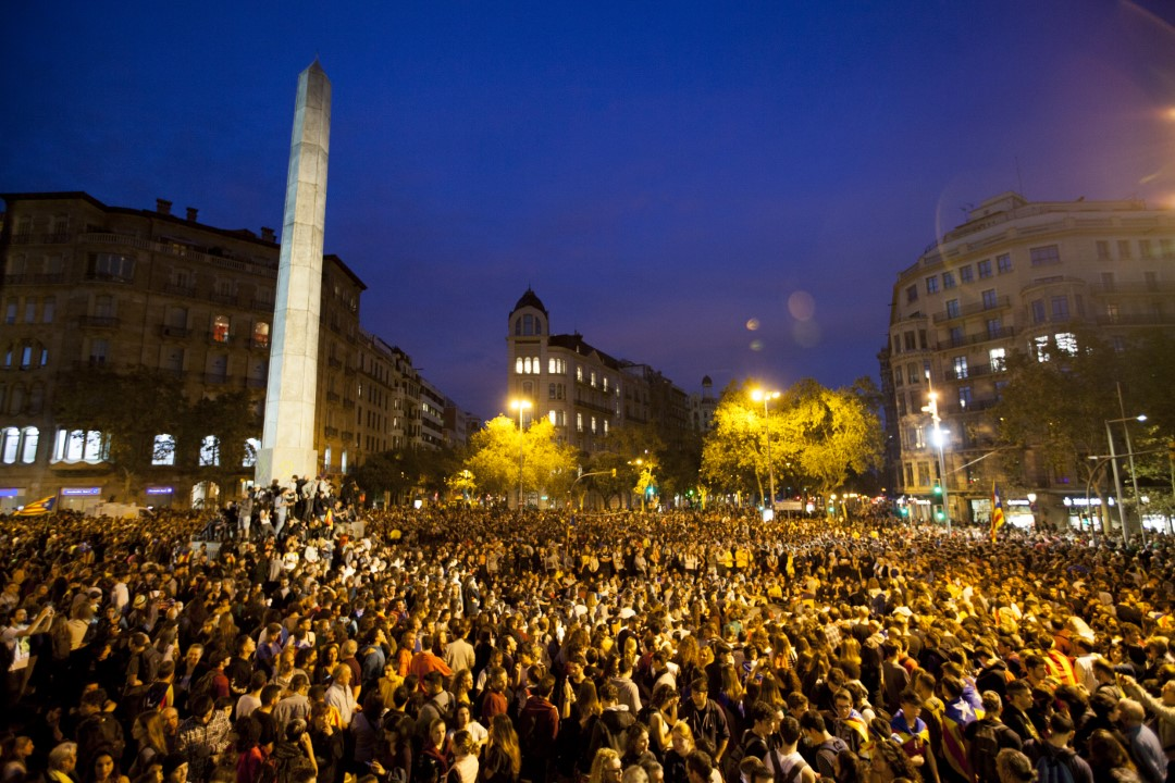 Protesters against the judgment of the trial of the process. Fourth consecutive night before the riots in Barcelona. October 17, 2019.